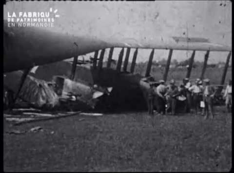 Crash d'avion à Vincennes