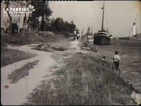Canal de Caen la mer