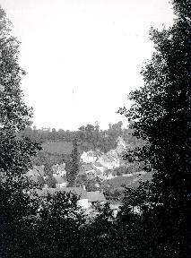 B003 Vue sur le village