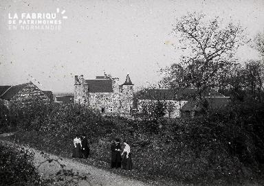 B004 Promenade près du château du XVII ème