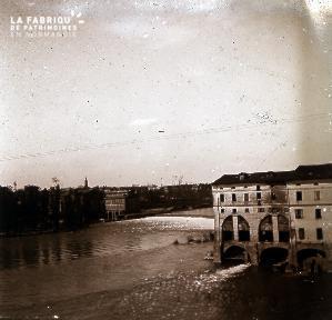 B005 La rivière