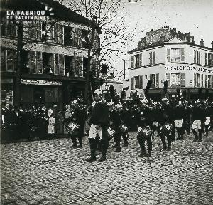 B006 Paris Défilé 11