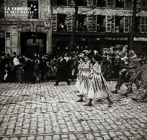 B006 Paris Défilé 7