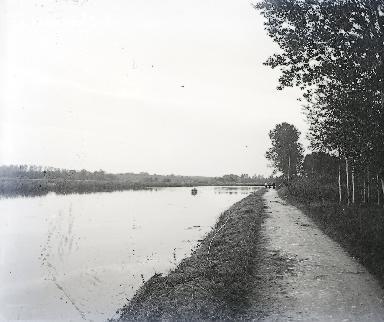 B007 Le chemin de halage