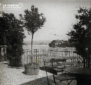 B008 La terrasse
