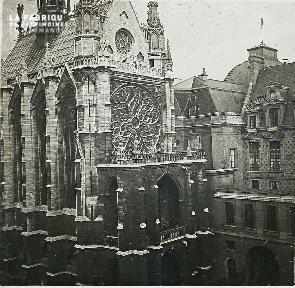 B013 Paris La chapelle