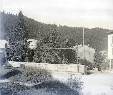 B017 La route