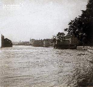 B018 la rivière en crue