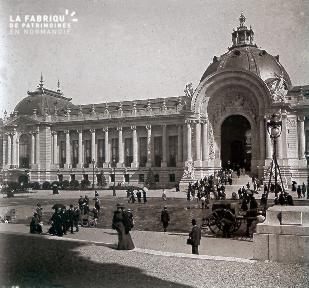 B019 Foire Expo Universelle façade