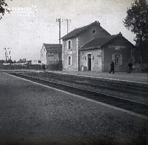 B031 Gare d'Isles-Armentieres Concis