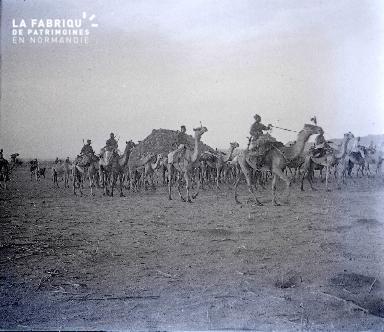B038 Afrique Méharistes 2 1925