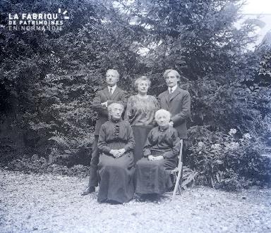 B039 Portrait de famille 3