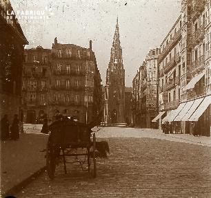 B041 Paris église