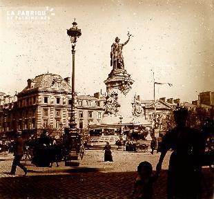 B041 Paris place de la République