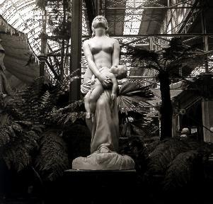 B047 L'exposition de scultures 2