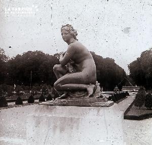 B047 Paris Le Jardin des Tuileries