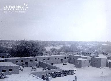 B049 Afrique caserne 1