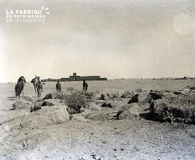 B054 dans le désert