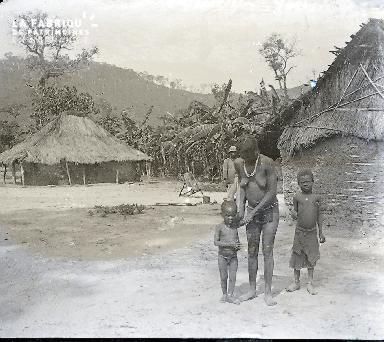 B055 Village d'Afrique noire