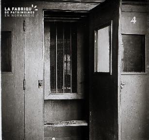 B071 La prison 2