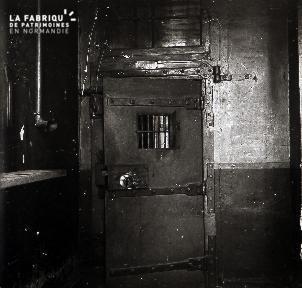 B071 La prison 3
