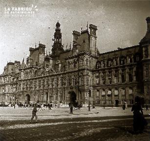 B071 Paris Hotel de Ville