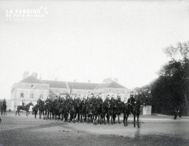 B072 Défilé de hussard
