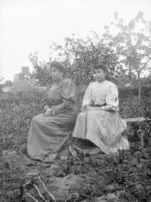 B073 Portrait de la mère et sa fille