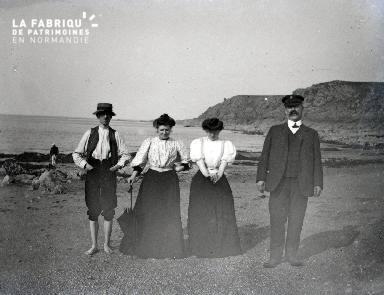 B076 Portrait de groupe à la plage