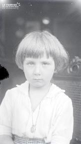 B084 Portrait d'enfant