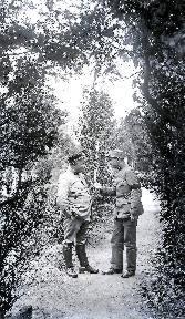 B086 Discussion entre deux militaires