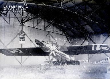 C001 Avion