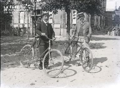 C001 Les cyclistes