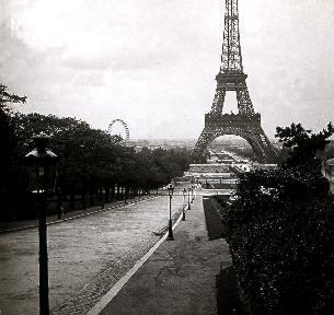 C004 La Tour Eiffel
