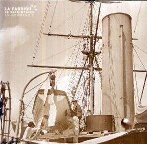 C007 Chaloupe à bord