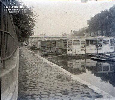 C007 Paris les bâteaux lavoirs 1