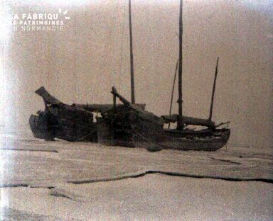 C009 les bateaux échoués