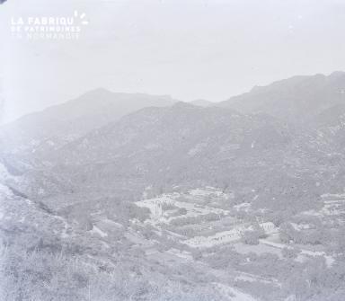 C010 village creux montagne