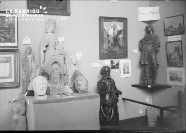 Collection, statues religieuses