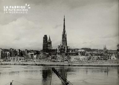 Rouen en ruines