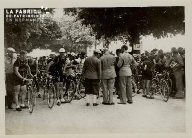 Caen, départ du Tour de France pour Rennes (prochaine étape)
