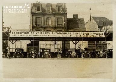 Caen, exposition de voitures automobiles d'occasion
