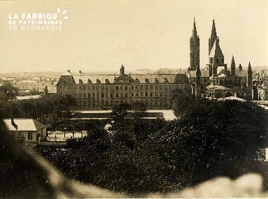 Caen, hôtel de ville et abbaye aux Hommes