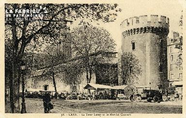 Caen, la tour Le Roy et le marché couvert