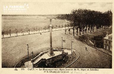 Caen, le monuments aux Morts et le champ de courses