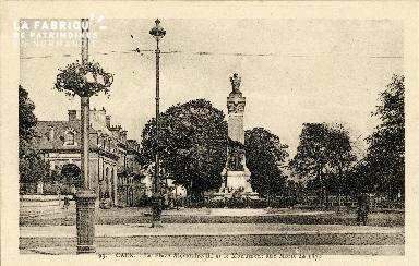 Caen, place Alexandre le Grand et le monument aux Morts de 1870