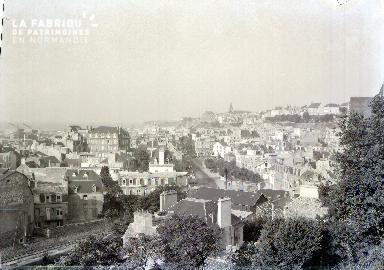 Granville C La ville vue des remparts 1