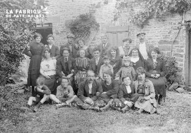 B004 Groupe 9 juin 1921