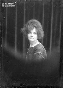 B004 Portrait femme