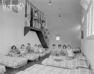 B007 Colonie de Genevillier juil 1959 2